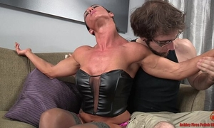 Sexy pumped up slutwife and the slim fellow