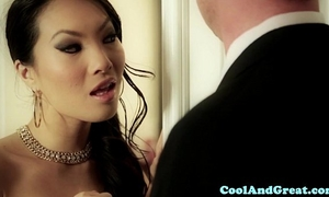 Cumswapping oriental women hawt ffm act